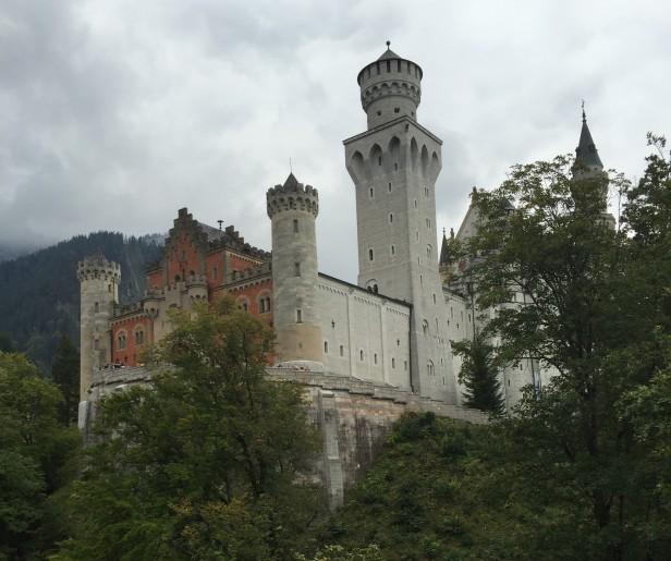 Yeah! Wooooo! Castle!!
