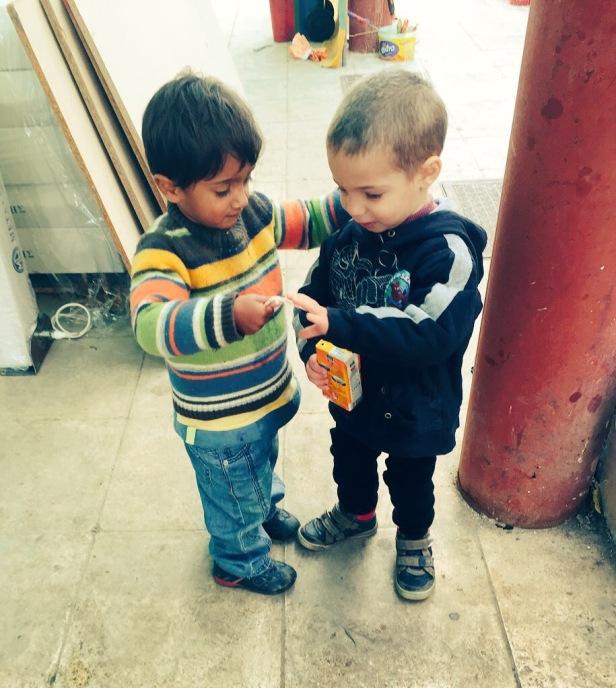 syrian refugee pakistani refugee children